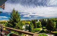 Pohľad z balkóna Smaragd na kúpeľný park (Fitpark)